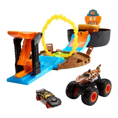 """Игровой набор Hot Wheels Трюки в шине серии Monster Trucks (GVK48) купить в магазине """"Пустун"""""""