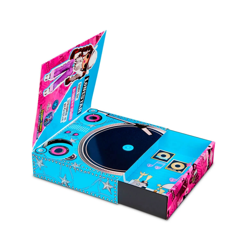 """Игровой набор с куклой L.O.L. Surprise! серии O.M.G. Remix  Леди-Кантри (567233) купить в магазине """"Пустун"""" Фото 4"""
